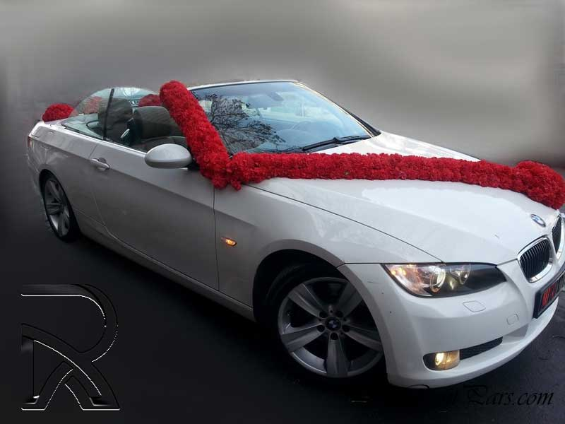تزیین ماشین عروس با گل رز ۱۶