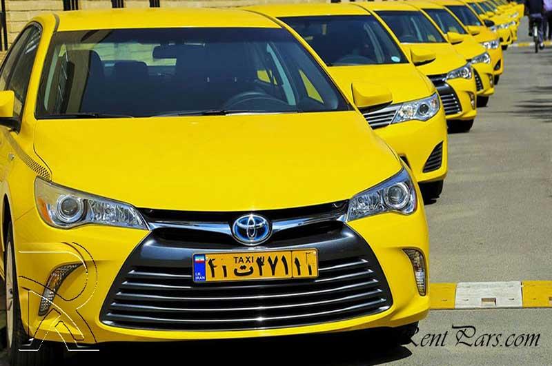 تاکسی تویوتا کمری